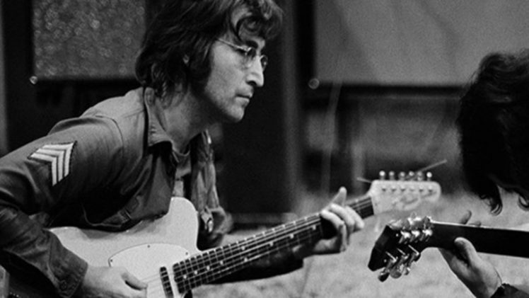 "Vocalis The Beatles ""John Lennon"" Penyanyi Legendaris Sepanjang Masa"